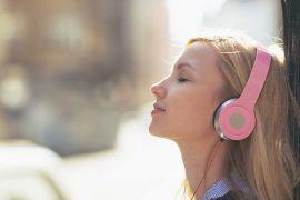 fille-qui-écoute-de-la-musique3